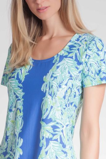 ST134011G900_5304_1-BLUSA-COPPOLA-FIT-ESTAMPA-FLORESTA
